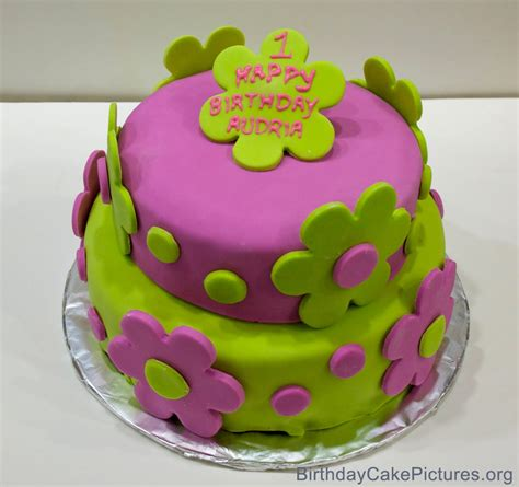Birthday Cake Pictures Cute For Girls  Birthday Cakes