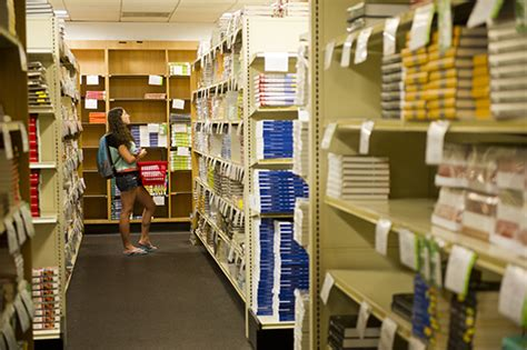 barnes and noble rent textbooks how to get the best deal on textbooks bu today boston