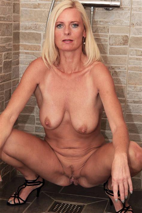 Milf Blonde German Porn Star Jaquelin X X Porno Pics