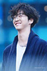 Basically Just 20 Photos Of Yongguk's Famous Gummy Smile ...