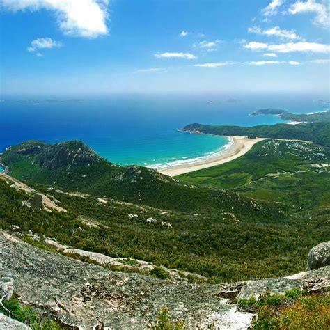 top  national parks  visit  gippsland australia