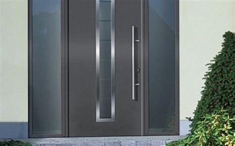 Sonnenschutz Dekorativ Und Nuetzlich by Fenster Und T 252 Ren Aus Holz Aluminium Oder Kunststoff In