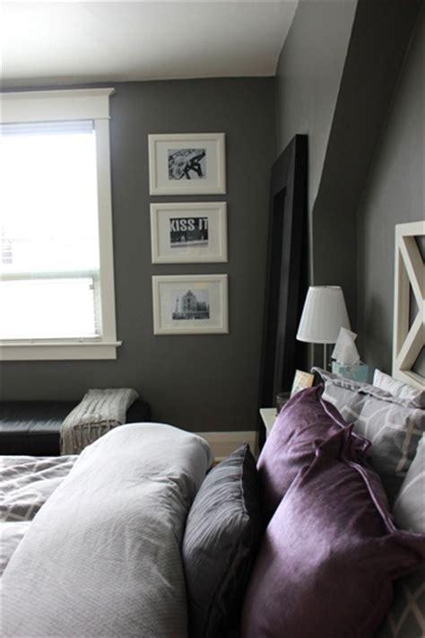 chambre grise et mauve 8 idées peinture pour une chambre d 39 adulte avec du violet