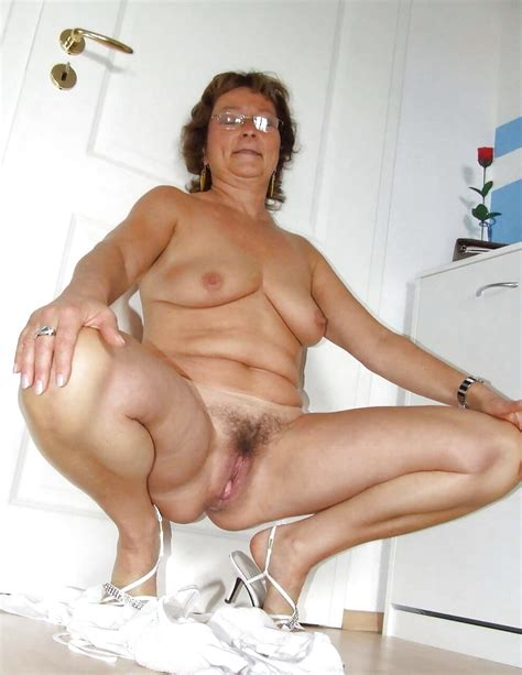 Matures Bbws Babes Squatting Pics Xhamster