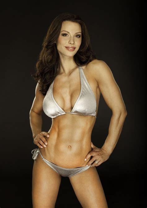 fit women #fitness #women #hardbodies | Flirty girl