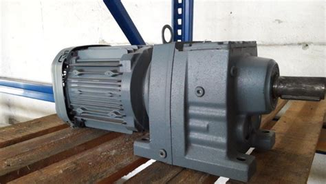 Reductor Motor Electric by Motor Electric Trifazic 1 1 Kw 1420 53 Rpm 1740 65 Rpm