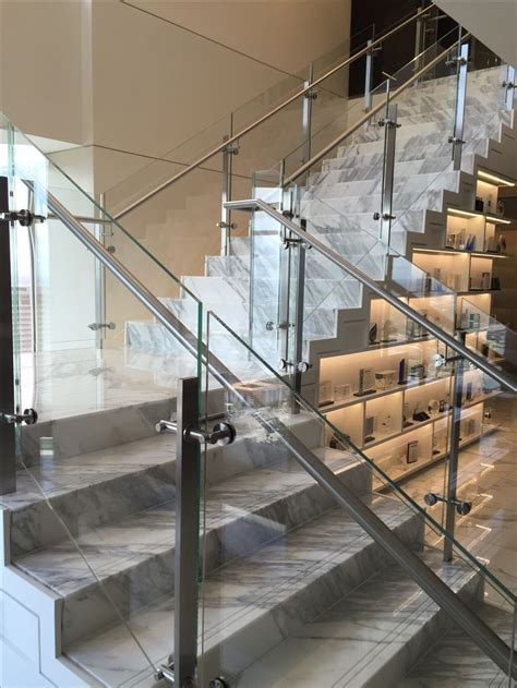 Steel Banister by Best 25 Glass Railing Ideas On Glass Stair