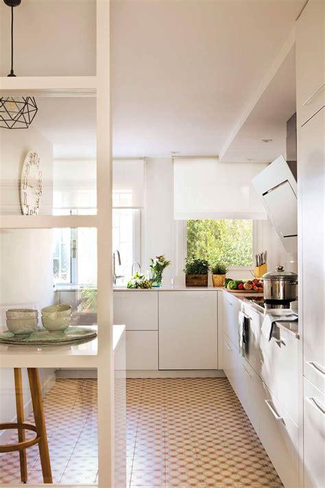 cocinas decoracion de cocinas grandes  pequenas elmueble
