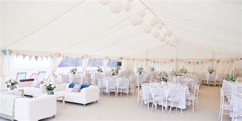 Decorating Your Wedding Marquee