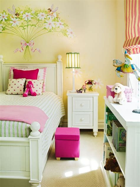 Decorating Ideas For Toddler Bedroom by Toddler Bedroom Decorating Ideas Interior Design