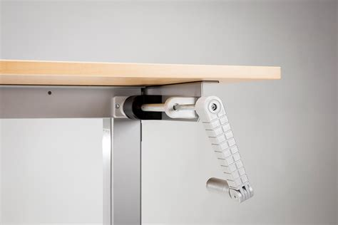 Manual Crank Standing Desk by Modtable Crank Standing Desk Multitable
