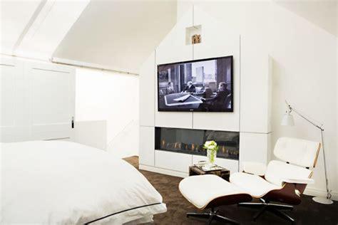 couples   tv   bedroom mydomaine