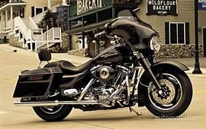 Harley Davidson Street Glide Specs