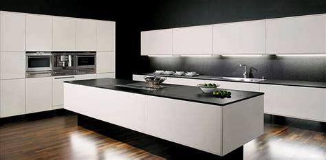 plan de travail cuisine granit noir plan de cuisine en granit evier de cuisine en granit noir