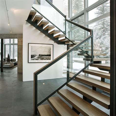 shape mono staircase