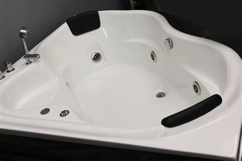 Whirlpool Bathtubs On Sale by Corner Jetted Bathtub For 2 Person B226 Sale Constar Usa