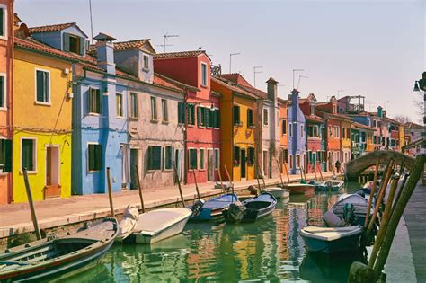 Plan Ville Italie by Burano Italie Ville Couleurs Daily Show
