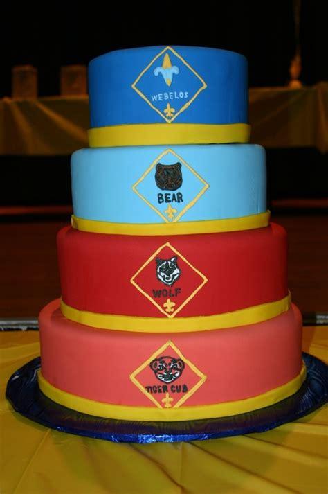 images  cubboy scout cakes  pinterest