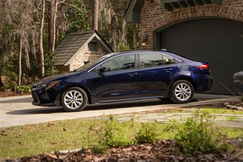 2020 Toyota Corolla Xle by 2020 Toyota Corolla Drive Review A Better Value In