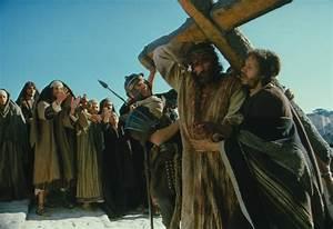 Jesus Carrying the Cross Wallpaper - WallpaperSafari