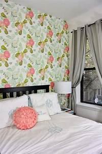 papier peint vintage et interieurs varies un melange de With chambre bébé design avec edredon fleuri