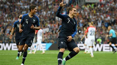 Antoine griezmann jedną nogą w barcelonie, a paul pogba poza manchesterem united, a myślami w realu madryt. France beats Croatia as Pogba, Mbappe, Griezmann Shine ...