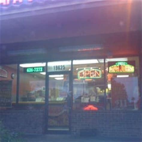 Papa Johns Miami Gardens by Papa S Pizza 16 Reviews Pizza 19625 Nw 57th Ave