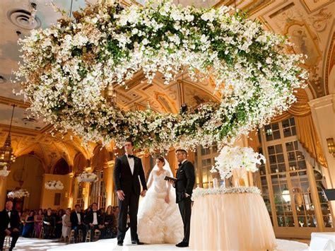 average cost  wedding flowers heres   wedding