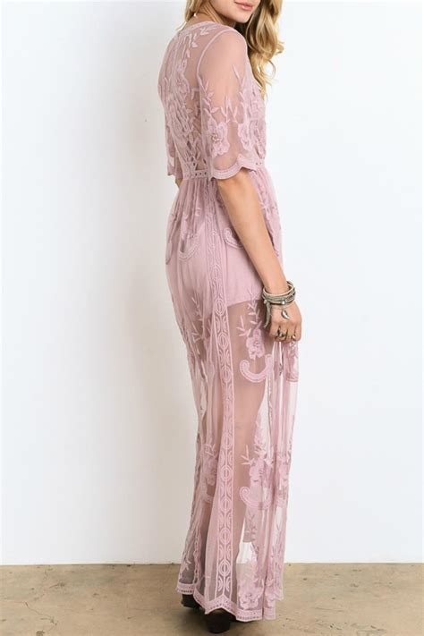 wishlist lace maxi dress  minneapolis  styletrolley