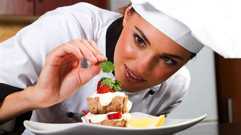 chef cuisine how to become a pastry chef restaurant business