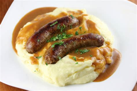 bangers and mash bangers and mash recipe cooking and recipes