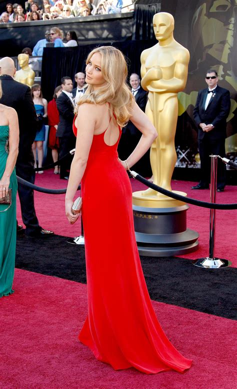 Jennifer Lawrence Looked Flawless In A Casual Red Calvin