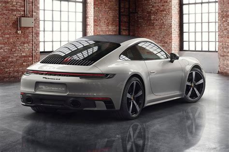 New Porsche 911 by New Porsche 911 Coupe And Cabriolet Car Magazine