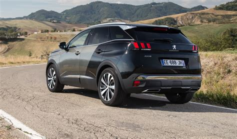 peugeot  pricing  specs  gen suv touches