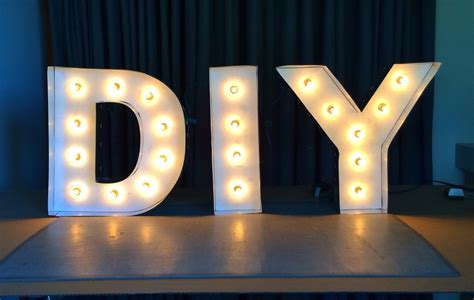 8 steps to diy marquee letters