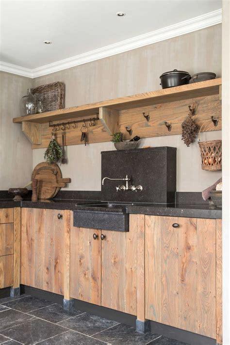 landelijke keuken hout hardsteen kral keukens keuken