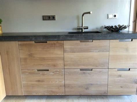 industrieel houten keuken koak design greeploos houten