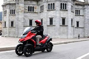 Scooter 125 3 Roues : quadro4 le premier scooter 4 roues arrive actu moto ~ Medecine-chirurgie-esthetiques.com Avis de Voitures