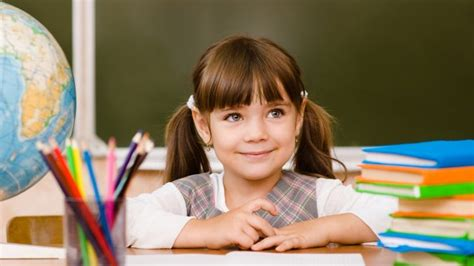 this it it your child is starting school the 3 | file main image 8175 2 premiere rentree scolaire 01 8175 1500X1000 cache 640x360