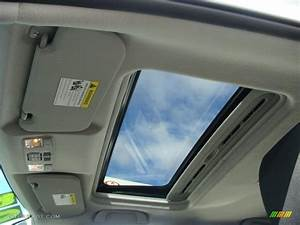 2007 Mazda MAZDA3 s Touring Hatchback Sunroof Photo