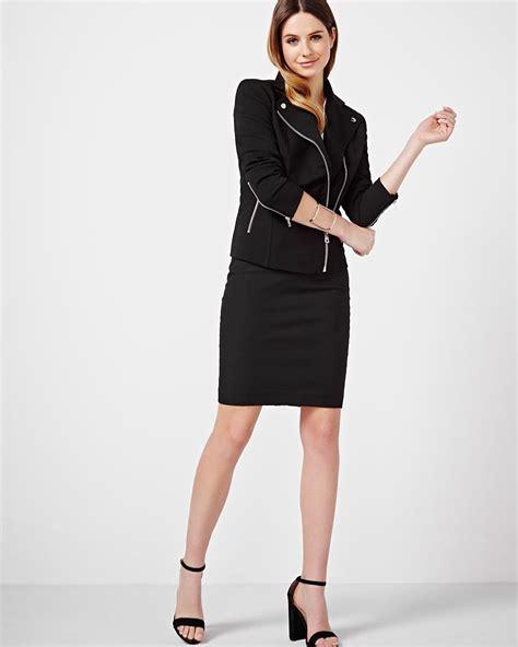 Modern Chic Pencil Skirt Rw&co