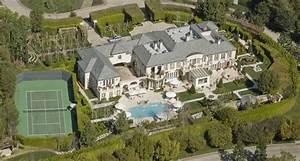 birdseye view of Lisa Vanderpump's estate - Hooked on Houses