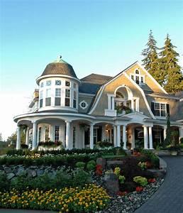 Horton Manor Luxury Home Plan 071S