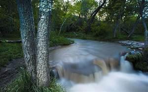 Waterfall Near Me - Kal Pant Photographie