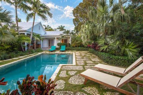 pool landscaping ideas hgtv