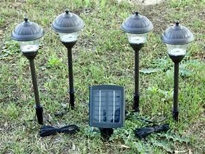 Metal solar landscape lights pack with remote panel