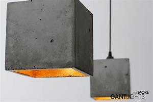 Beton In Form : b1 die lampe ist aus schlichtem beton in simpler kubischer form gegossen das innere des ~ Markanthonyermac.com Haus und Dekorationen