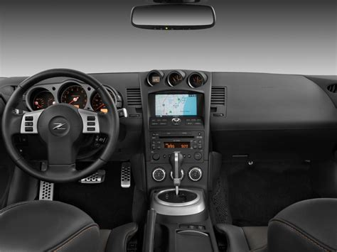 image  nissan   door coupe auto touring