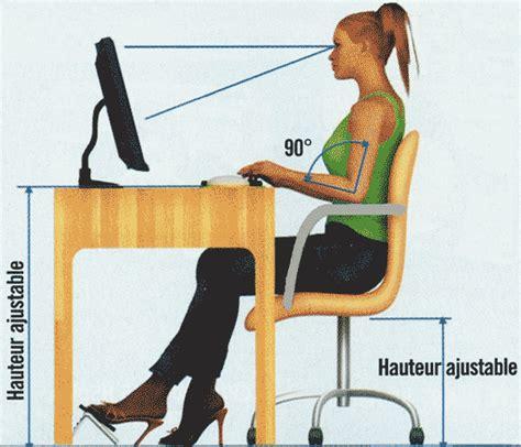 position de la chaise comment bien se tenir devant un ordinateur gazette du
