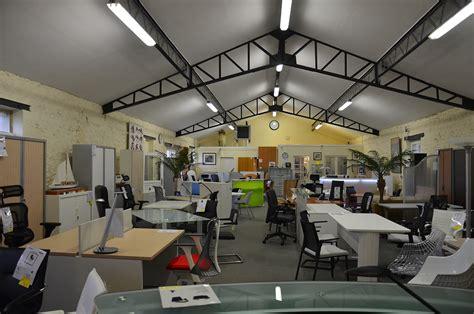 notre showroom francilien de mobilier de bureau